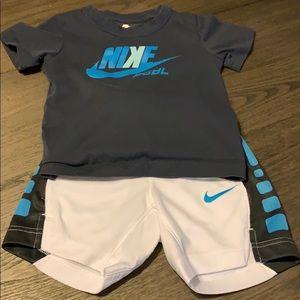 Nike toddler boy set size 3T